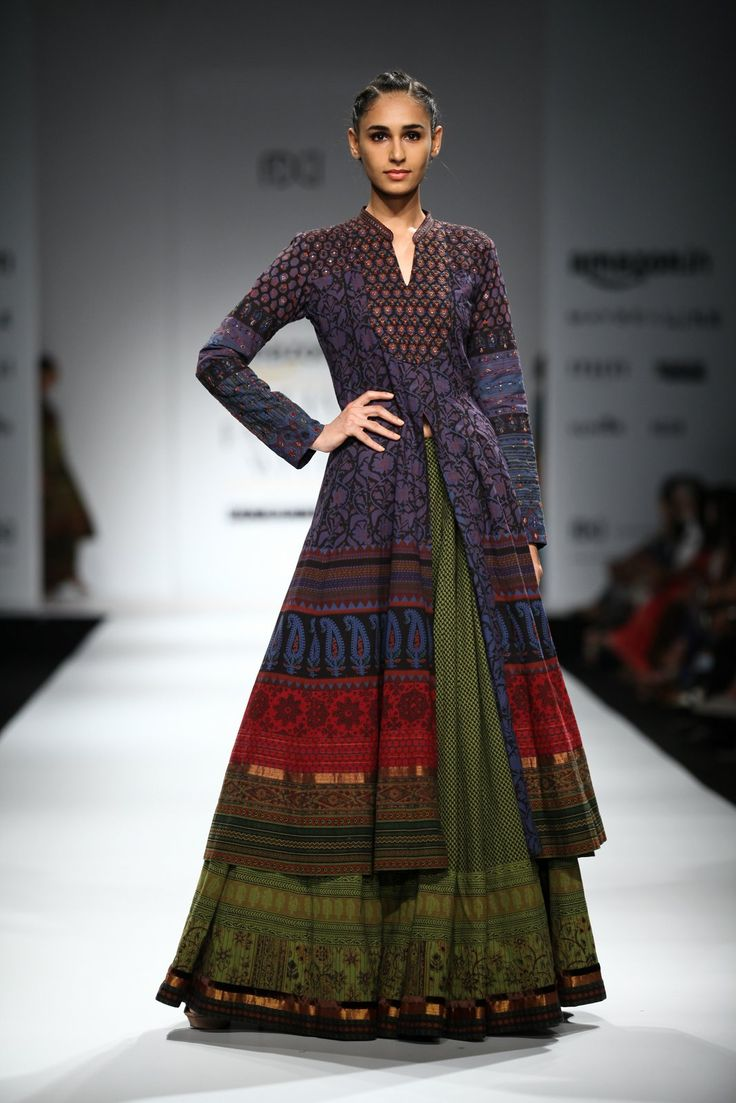 All the Looks From Shalini James at Amazon India Fashion Week Spring/Summer 2016 -cosmopolitan.in