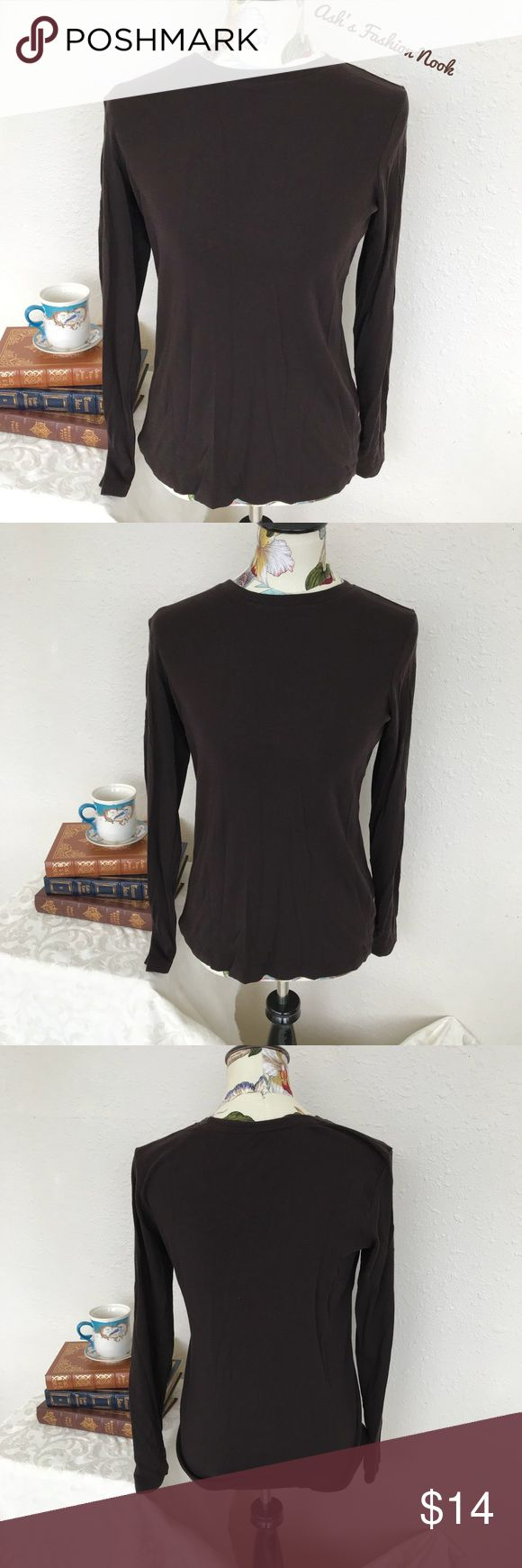 💠Ruff Hewn-Brown Long Sleeved Layering Tee💠 🍄Brand: Ruff Hewn🍄 Color(s): dark brown  Size: large Stretch: yes Fabric Content: see pic Measurements: see pic Condition: EUC! Note(s): no flaws! Great layering piece!   📦Bundle your likes, and I will send you a no obligation offer. Or, submit a reasonable offer!📦 Ruff Hewn Tops Tees - Long Sleeve