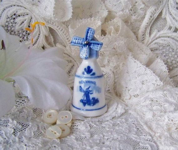 Vintage Blue Delft Thimble with Windmill