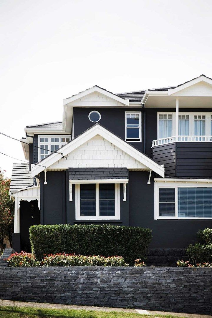 Painting Your House Black The Paint Colour That S Going Crazy On Pinterest Home Beautiful Magazi House Paint Design Paint Your House House Designs Exterior