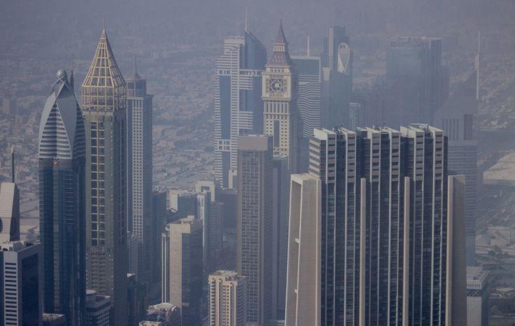 burj-khalifa-at-the-top
