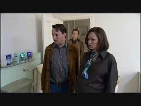 Mitchell and Webb - Avocado Bathroom
