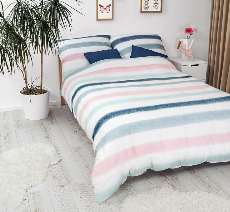 Bedroom with pastel strips White Pocket bedding
