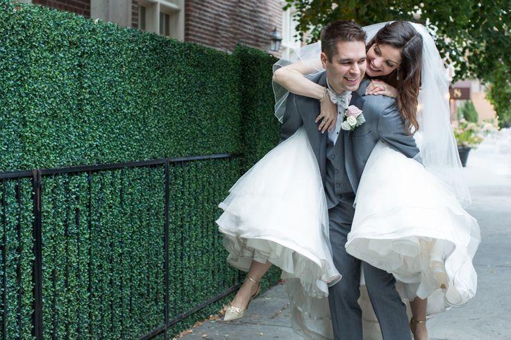 Windsor Arms Hotel Toronto, fun wedding couple