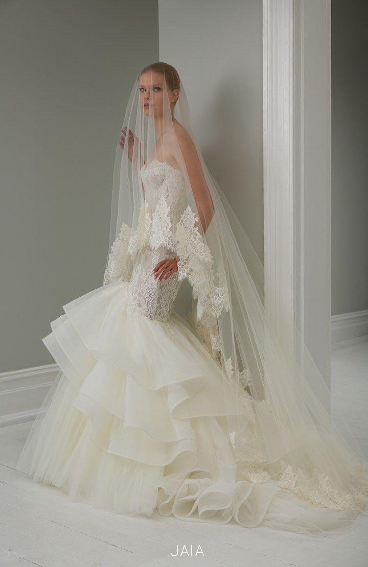 Mermaid wedding dress from 2015 Steven Khalil Wedding Dress Collection : http://www.itakeyou.co.uk/wedding/steven-khalil-bridal-2015-collection/ #weddingdress: