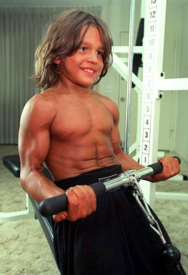 Richard Sandrak Bench Pressing Crazy Stuff Bodybuilding Old