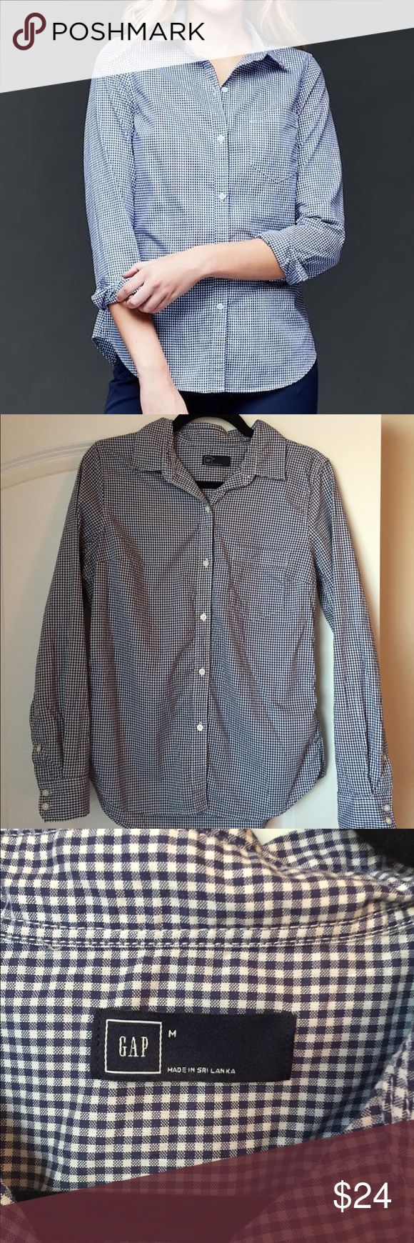 Gap Gingham Oxford Shirt Gap Fitted Boyfriend Gingham Oxford Shirt • Great Condition • Size Medium GAP Tops Button Down Shirts