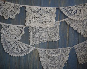 Vintage Doily Bunting. Wedding Bunting. A gorgeous 4m strand of white doily bunting.