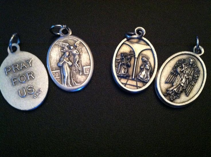 The Annunciation holy medal, 2 styles - Catholic, Feast Day, Rosary Mystery, Mary Mother of God, Archangel Gabriel, Word became Flesh by ChillyPumpkin on Etsy