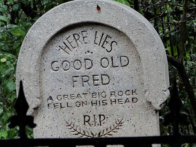 funny headstones sayings - Funny Halloween Tombstones