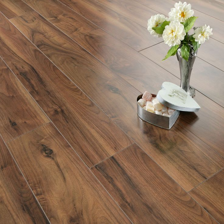 Laminate walnut floors walnut laminate flooring for Laminate floor coverings for kitchens