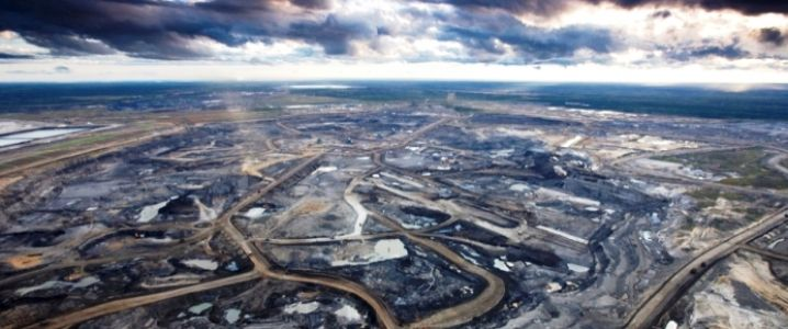 Suncor, Total Dispute Over Fort Hills Oil Sands Project http://oilprice.com/Latest-Energy-News/World-News/Suncor-Total-In-Dispute-Over-Costs-Of-Fort-Hills-Oil-Sands-Project.html?utm_content=buffer39ae6&utm_medium=social&utm_source=pinterest.com&utm_campaign=buffer  #alxcltd #energy #uk #oil #gas #oilandgas #subsea #Canada