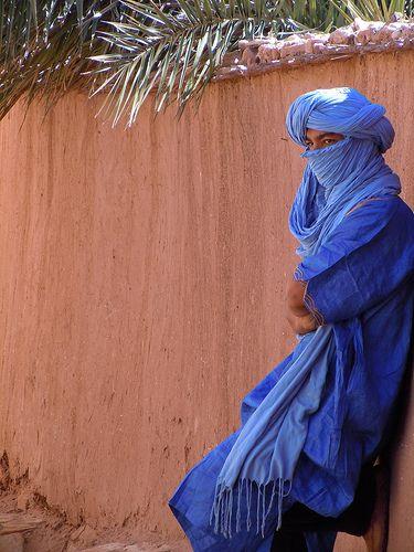 Tuareg Blue is so beautiful. A touareg atAit Ben Haddou, Morocco.