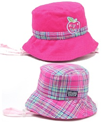 Baby Playground Bucket - cotton reversible - 2 styles in 1 hat!    One side is dark pink with check print, the other is check print. The toggle adjustable chin strap attaches with press studs, which can be re-attached when the hat is reversed.