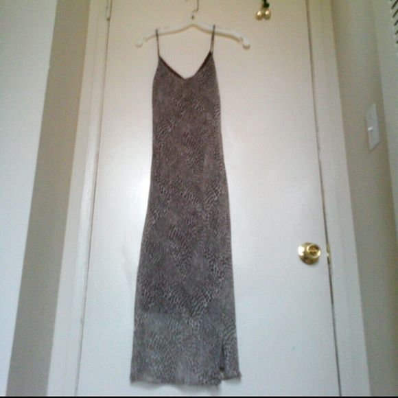 Slinky animal print long dress Keep cool, in style. Lined lightweight fabric, as shown in third picture. Like new condition. 100% polyester Dresses