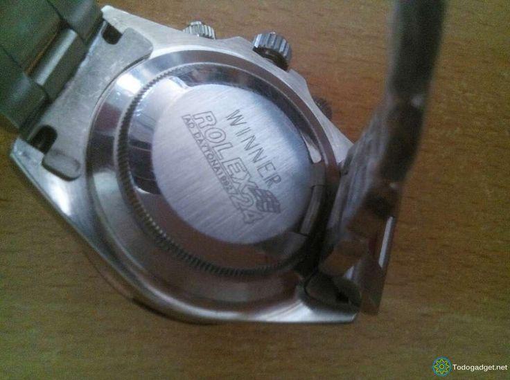 Sección de anuncios de compraventa online entre particulares y empresas de relojes de pulsera 300.00 € Nuevo