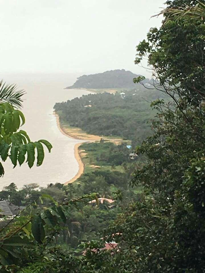 Guyane :  Vue des plages de Bourda et de Montjoly.