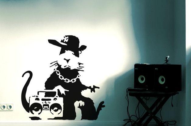 **Wandsticker BANKSY Hip Hop Ratte** | Streetart Wandtattoo | Stencil Sticker Gangsta Rat. Das Motiv ist **HANDMADE in Berlin** - aus hochwertiger Wandfolie mit seidenmatter Oberfläche, manuell...