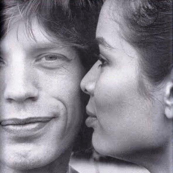 #VivianaVolpicella Viviana Volpicella: ICONIC LOVERS 28. Mick & Bianca. Erano la coppia più bella del mondo. Buon Compleanno.