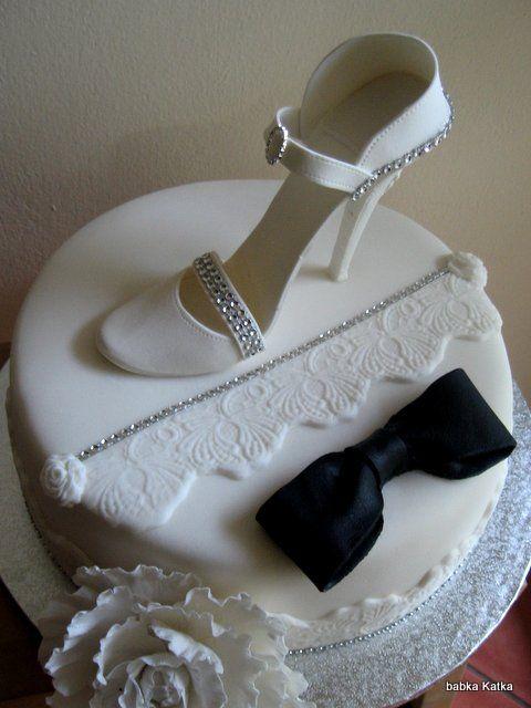 Svadobná torta s topánkou