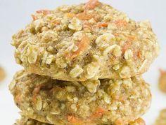 Recette facile de biscuits de gâteau aux carottes et à l'avoine - http://chefcuisto.com/recette/biscuits-au-gateau-aux-carottes-et-a-lavoine/