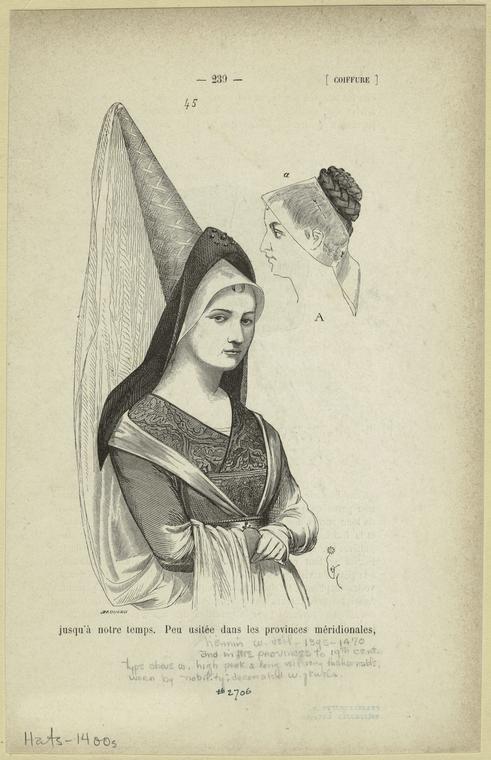 Heenin. Coiffure en forme d'un recouvert d'un drap