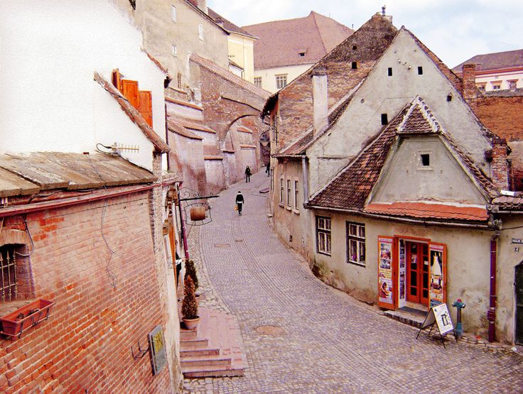 Sibiu streets, yes, much of the city still looks like this. Photo by Gabi F.
