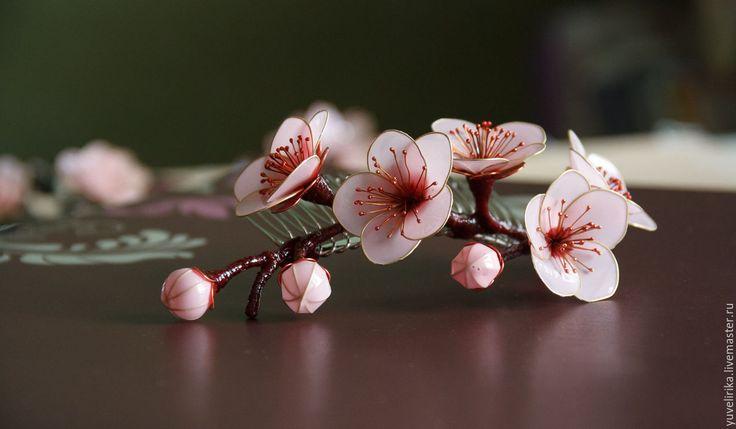 Купить Гребень для волос Сакура Нежно-розовый - витраль, украшение для волос, гребень для прически, сакура