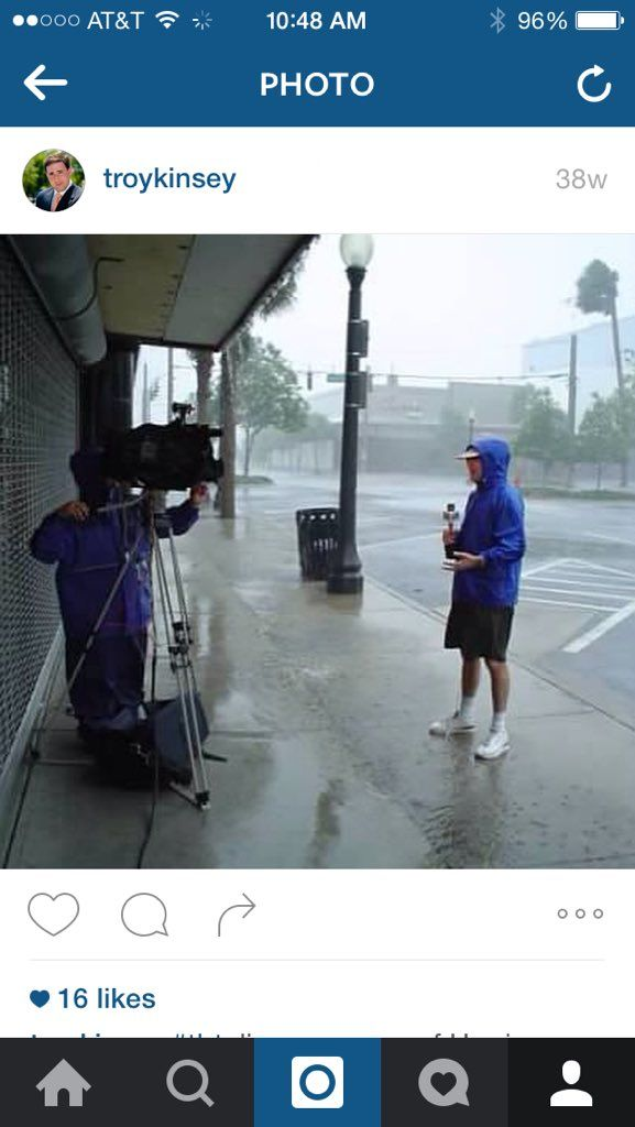 Bay News 9 reporter Troy Kinsey covers Hurricane Charley, 2005