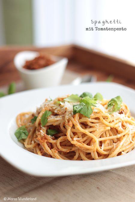 Pasta mit Tomatenpesto