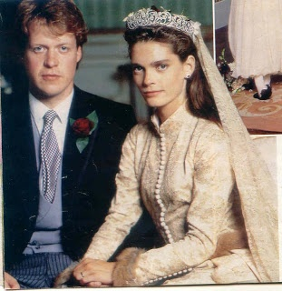 Charles, Viscount Spencer married Catherine Victoria Lockwood on September 16, 1989 and she too, wore the Spencer family tiara. They have four children together, but were divorced in 1997. Charles became The 9th Earl Spencer in 1992 upon the death of his father. He has since remarried in 2011 and has a daughter which he named Charlotte Diana Spencer after his late sister, Diana, Princess of Wales.