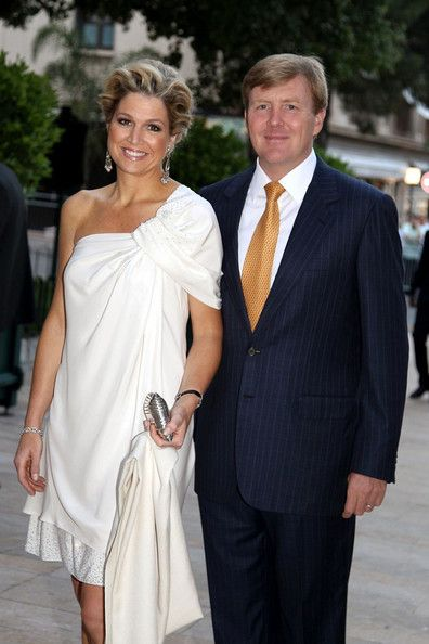 European royals and guests arrive for the Jean-Michel Jarre concert at Port Hercule in celebration of the royal wedding of Prince Albert II of Monaco and Charlene Wittstock. (July 1, 2011 - Source: Bauer Griffin)