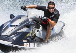 Alquiler de motos acuáticas con permiso en Roses, Costa Brava – Aventura Náutica