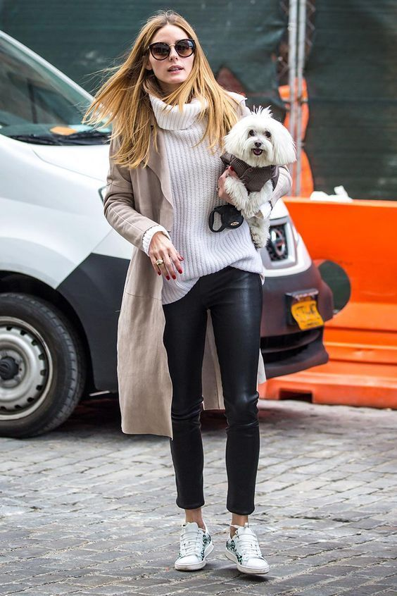 Olivia Palermo - perfect autumn casual style - leather leggings, cozy turtleneck, trench