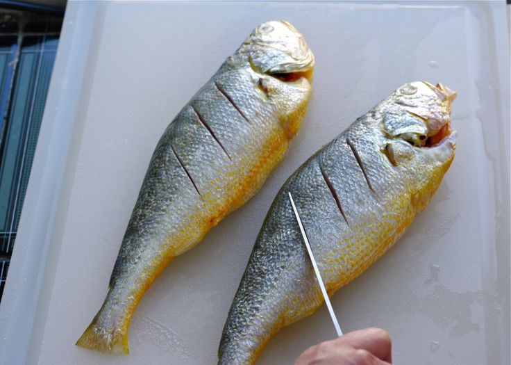 step by step tutorial on how to clean the fish and broil without the fish smell in your kitchen