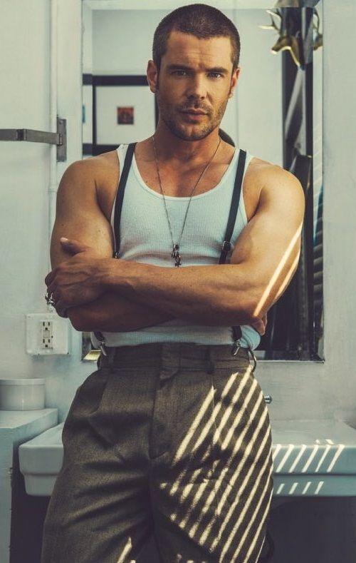 'How to get away with murder' star Charlie Weber in a new photo shoot For Schön! Magazine.