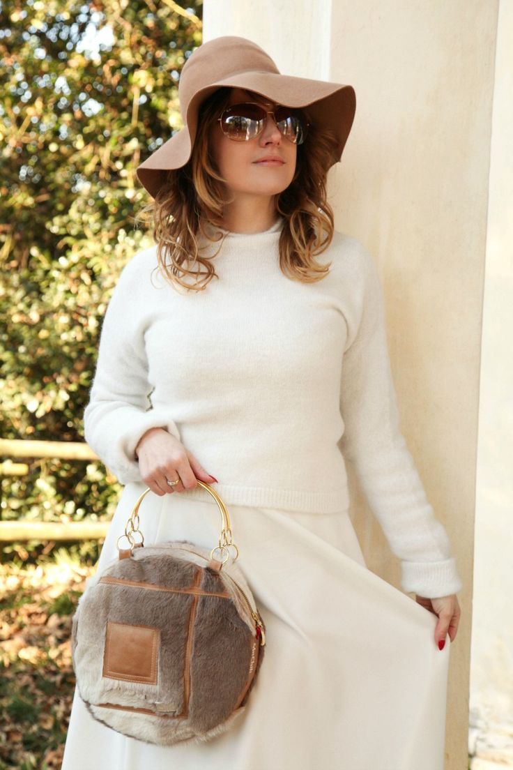 Camels&white: cozy winter, alessia milanese, thechilicool, fashion blog, fashion blogger, patrizia pepe coat,Knitwear and skirt MIAWISH