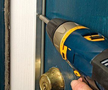 Weather strip for exterior door