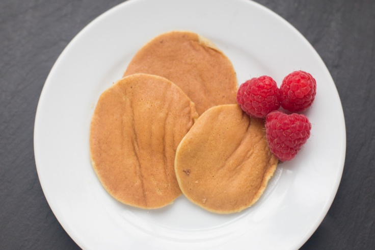 Two-Ingredient Pancakes    2 eggs and a banana!