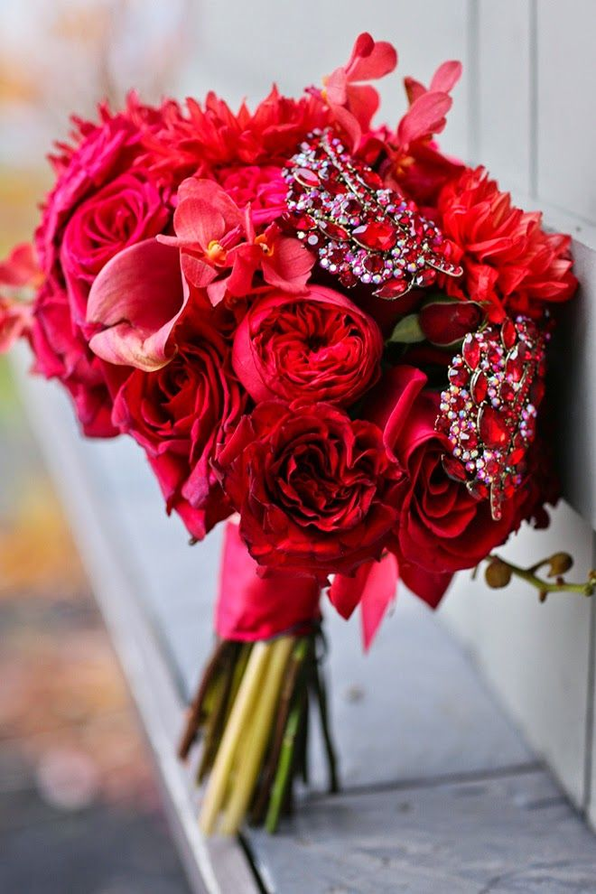 17 best ideas about red wedding bouquets on pinterest for Can you get purple roses