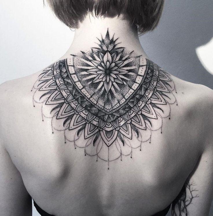 Geometric Tattoos Mandala Tattoo: Best 25+ Mandala Tattoo Neck Ideas On Pinterest
