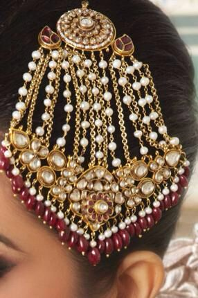 Jhoomer.. Jewelry for the head.