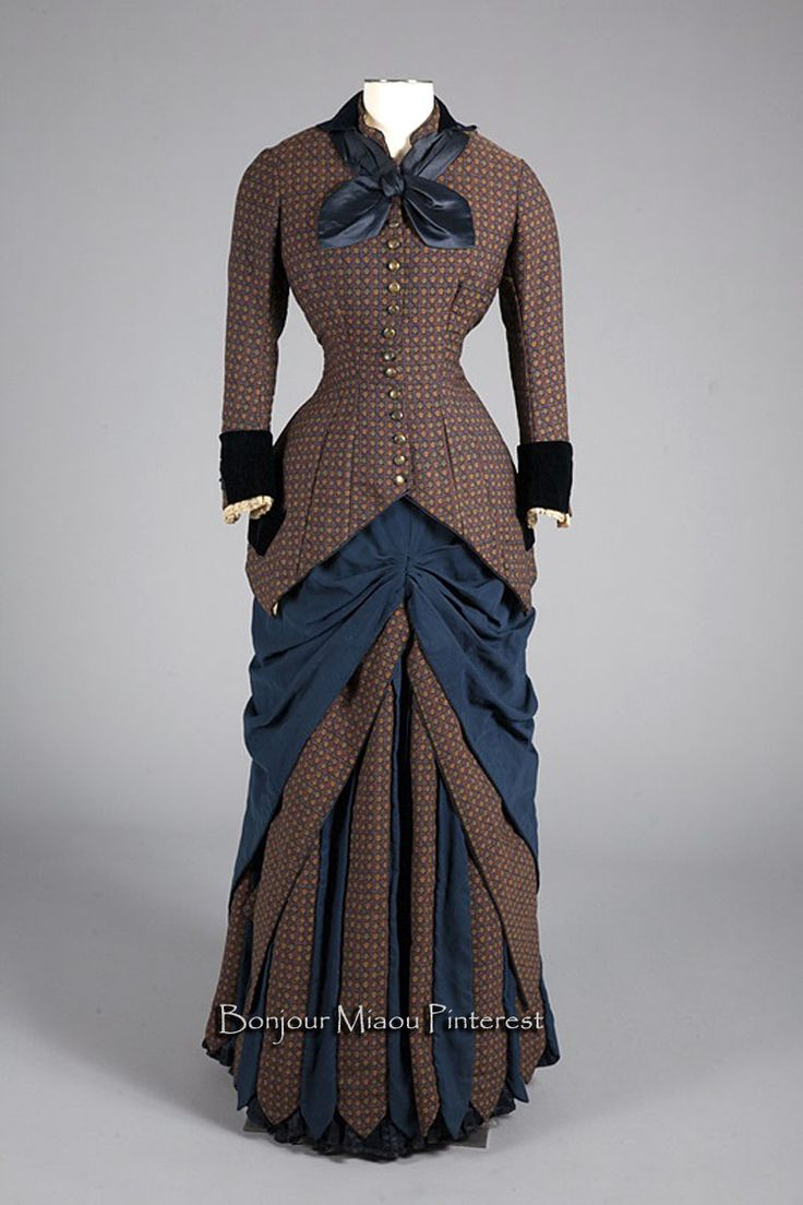 Day dress, Augustine Martin, France, ca. 1880. Wool, silk, metal.