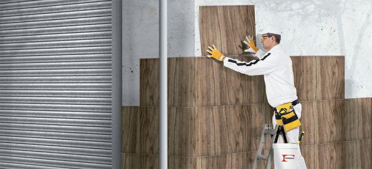 Formica lança, agora, um laminado de alta pressão específco para fachadas, o Linewall. Diversificados, os formatos ainda agilizam a execução dos projetos.Há placas (1,25 x 3,08 m e 1,25 x 2,51 m) e módulos (0,60 x 1,25 m e 0,60 x 6 m), com 14 espessuras que variam entre 0,2 e 15 mm. A fxação se dá com cola especial, que adere a superfícies como cerâmica e cimento. Maleável, o revestimento faz até curvas. Preço a partir de R$ 110 o m2 instalado.