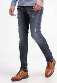 Se puede combinar casi con cualquier prenda por su tonalidad oscura, jean para caballero color oscuro,talla 28-38, precio 70.000 $