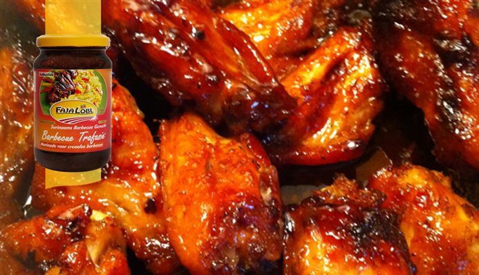 Surinaams eten – BBQ Honey Wings (BBQ wings geglaceerd met honing)