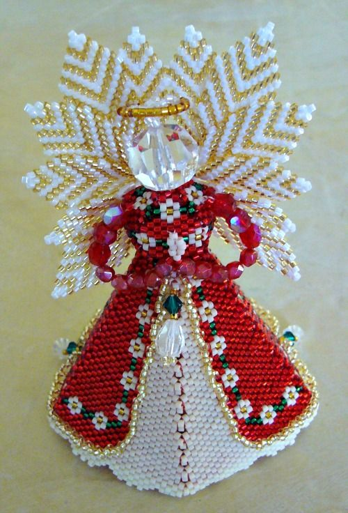 Paula Adams beaded angel, front view of Majestic Angel with Petal Angel wings. From carls-beading-workshop.blogspot.com.