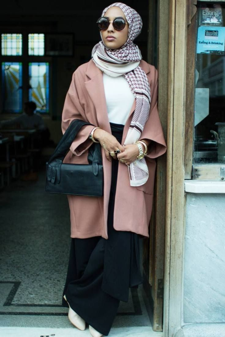 H&M Hijab-Wearing Model Mariah Idrissi On Muslims, Modesty And Fashion