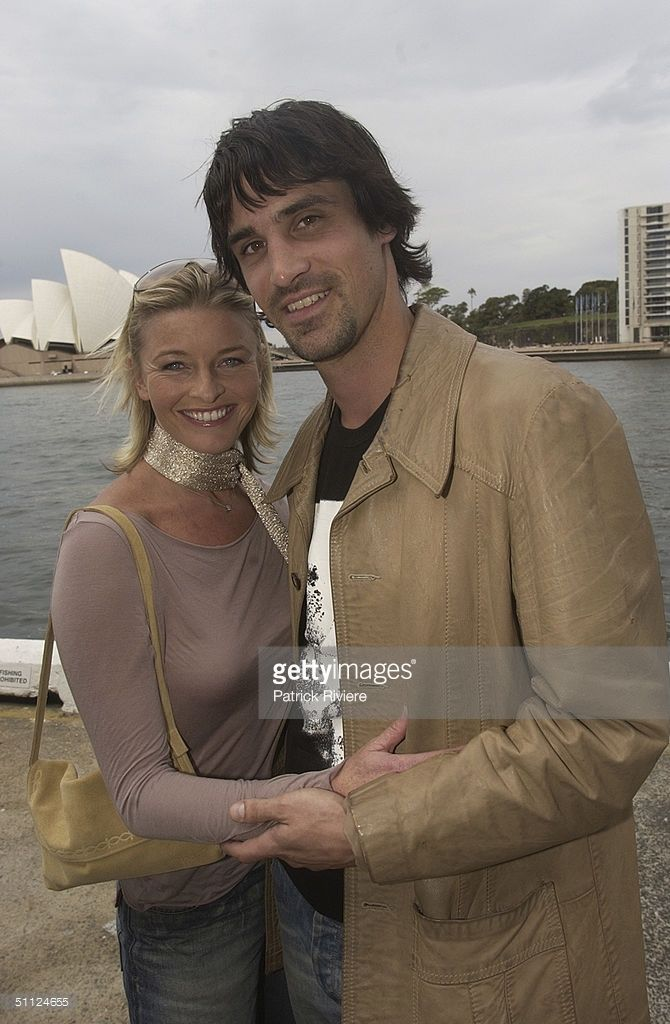 Actress Tammy MacIntosh with Ben Tari, of the cast of the Australian TV medical drama 'All Saints' attending lunch at Wildfire restaurant, in the Overseas Passenger Terminal of Sydney Airport. (Photo by Patrick Riviere/Getty Images).