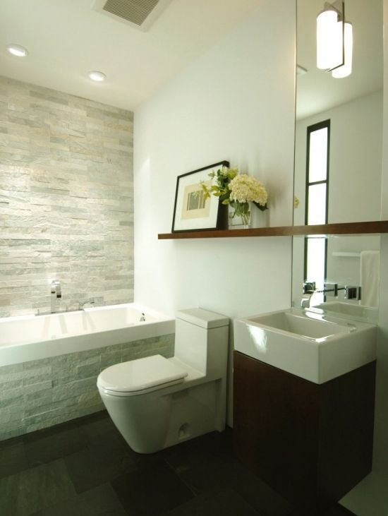 Ensuite bathroom with a natural stone colour miami for Small bathroom natural